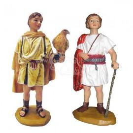 Cetreria y Patricio con baston