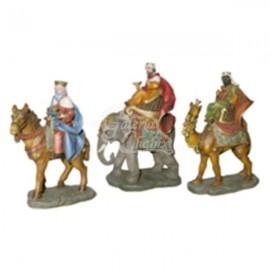 Reyes a caballo, elefante y camello