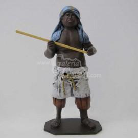 Esclavo con palo 2